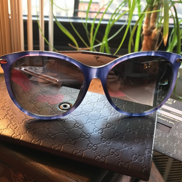 98cbc497295b2 Authentic GUCCI 58mm rounded cat Eye sunglasses 🌸